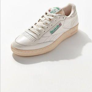 Reebok Club C Vintage Sneaker (Women's 8.5) Used